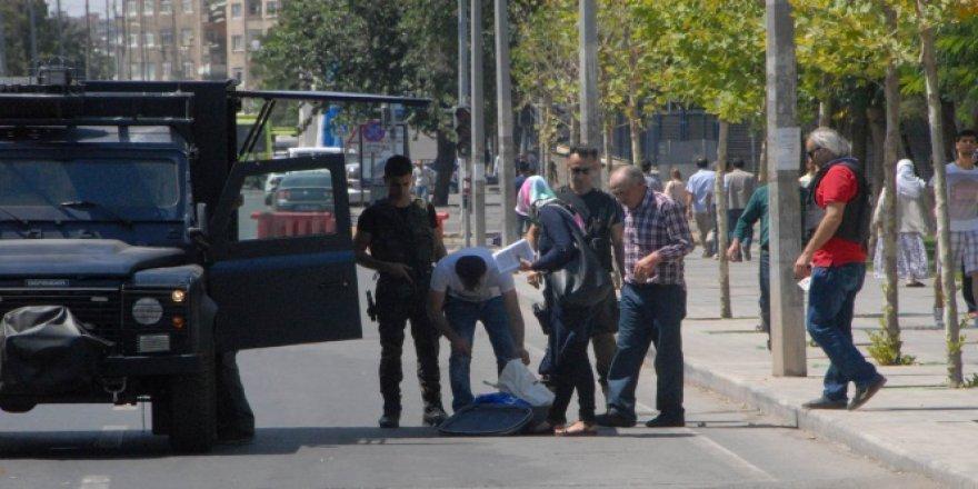 Diyarbakır'da şüpheli çanta paniği!