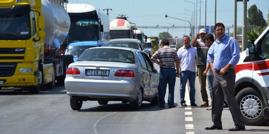 Çanakkale Biga'da kaza; 3 yaralı