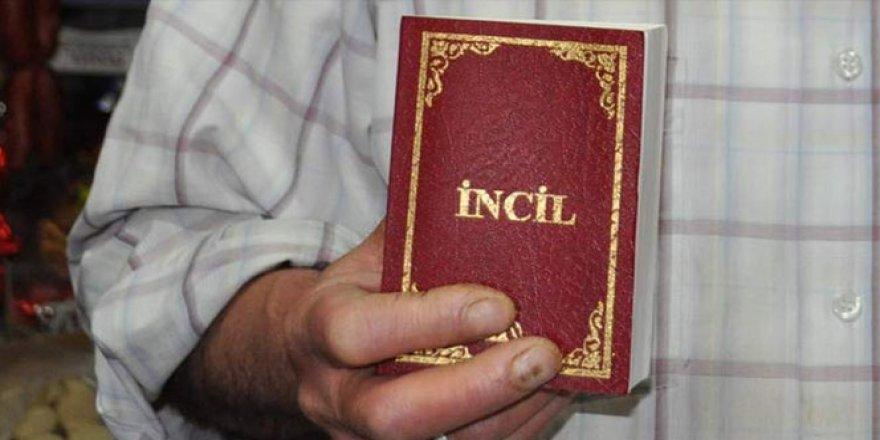 Bölge imamının evinden İncil çıktı