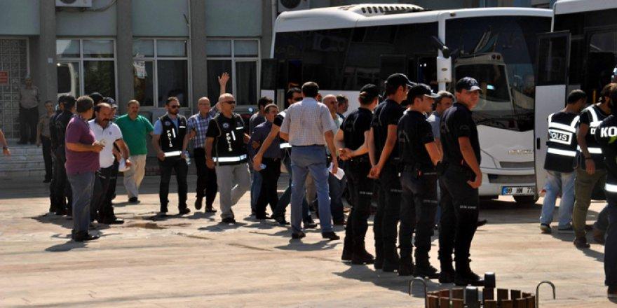 AK Partili milletvekili Mehmet Erdem'in kardeşi de gözaltına alındı