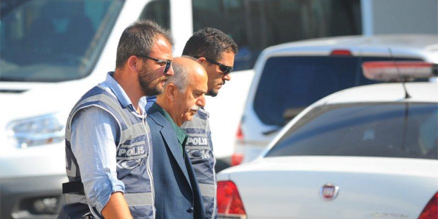 FETÖ operasyonunda gözaltına alınan eski vali Harput Bursa'ya getirildi