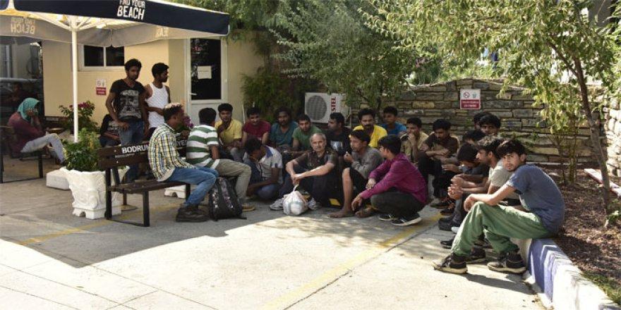 51 kaçak göçmen Kos Adası'na varamadan yakaladı