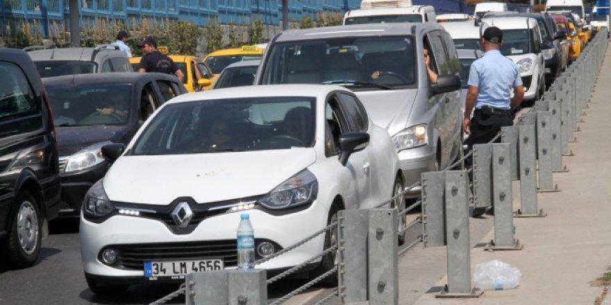 Atatürk Havalimanı'na araç kontrol cebi yapılacak