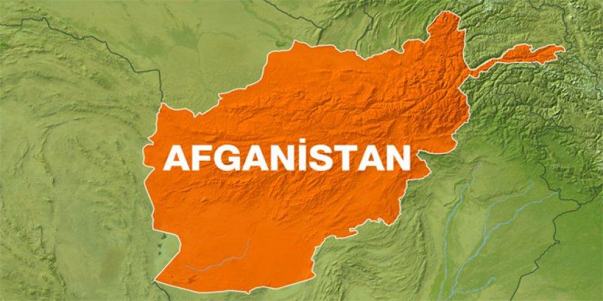 Afganistan'da turist konvoyuna saldırı! En az 6 yaralı..