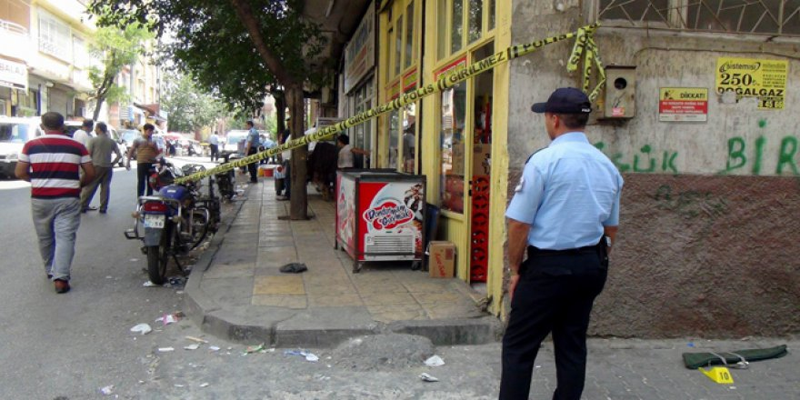 Gaziantep'te güpe gündüz pompalı tüfeklerle çatışma