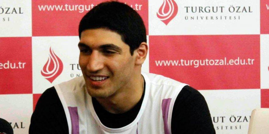 Basketbolcu Enes Kanter'i ailesi evlatlıktan reddetti!