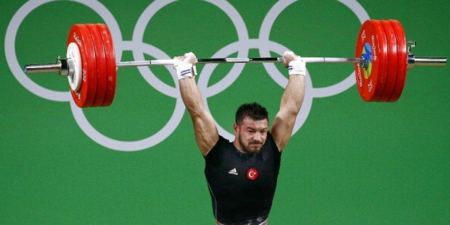 2016 Rio Olimpiyatları'nda ilk madalya Daniyar İsmayilov'dan