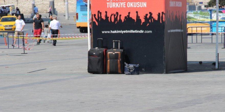 İstanbul, Taksim'de şüpheli bavul alarmı