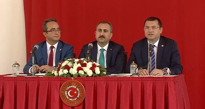 Anayasa Komisyonu mini paket için toplanıyor