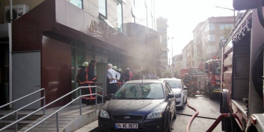 İstanbul'daki hastanede büyük yangın!