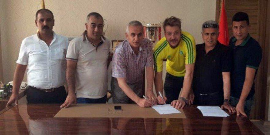 Batuhan Karadeniz'in yeni adresi Şanlıurfaspor