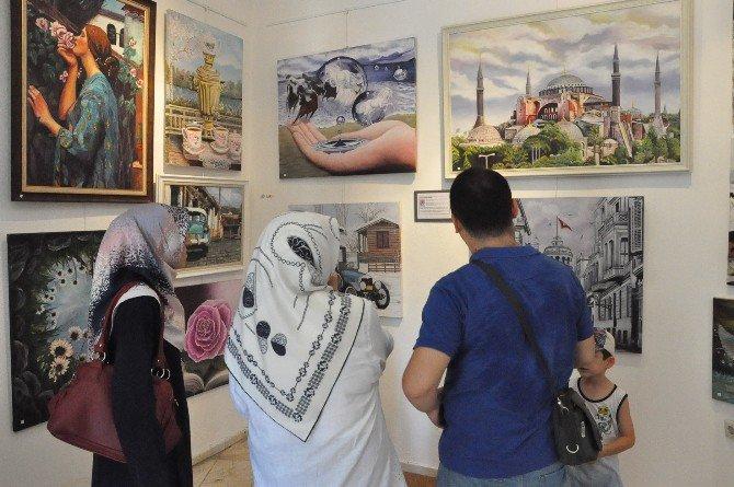 Gebze'de Anneanne Ve Babaannelerin 'Renklerin Esintisi' Sergisi Açıldı