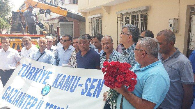 Türkiye Kamu-sen'den Teröre Karanfilli Kınama