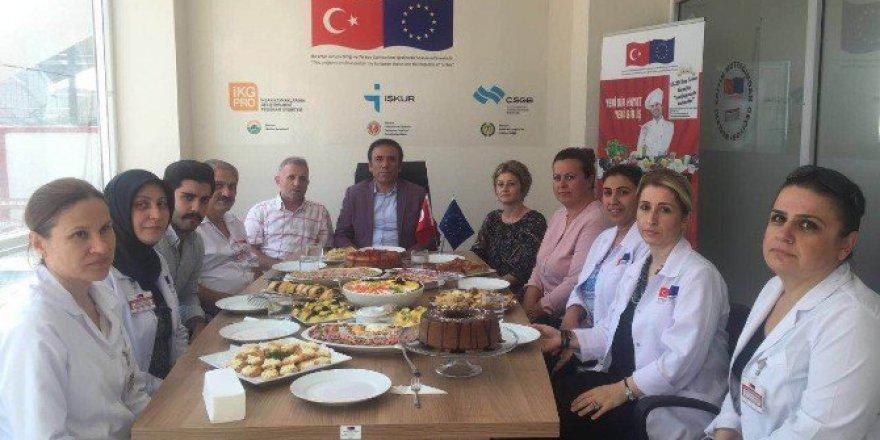 """Osman Genç: """"Kurumlar Kendilerini Sürekli Yenilemelidir"""""""