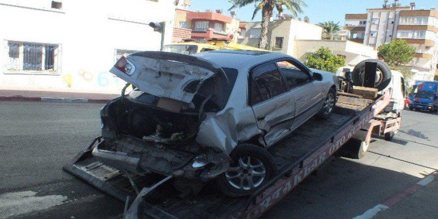 Mersin Anamur'da kazada 4 Araç Birbirine Girdi