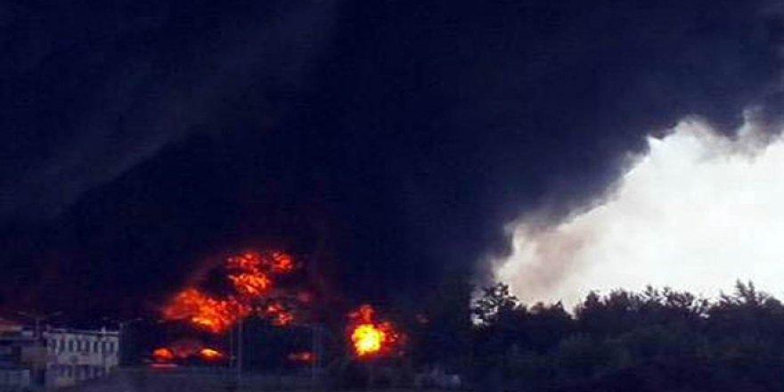 Yemen, Aden'deki bir askeri kampına intihar saldırısı: 60 ölü
