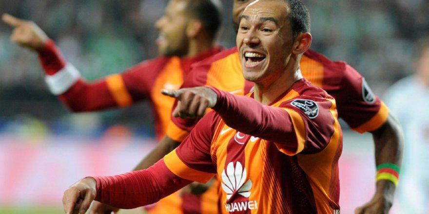 Galatasaray,Umut Bulut ile yollarını ayırdı!