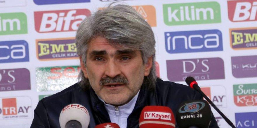 Eski Galatasaraylı futbolcu Uğur Tütüneker gözaltına alındı