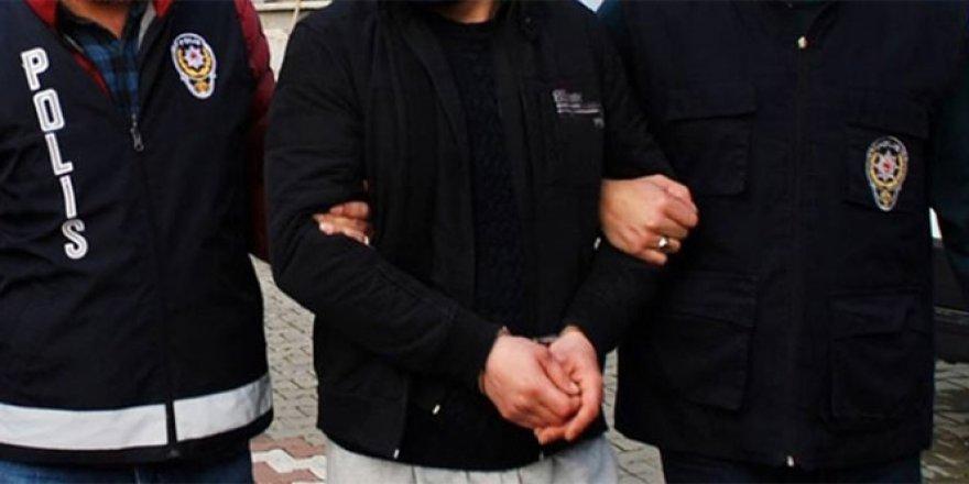 Batman'da 8 polis FETÖ'den tutuklandı