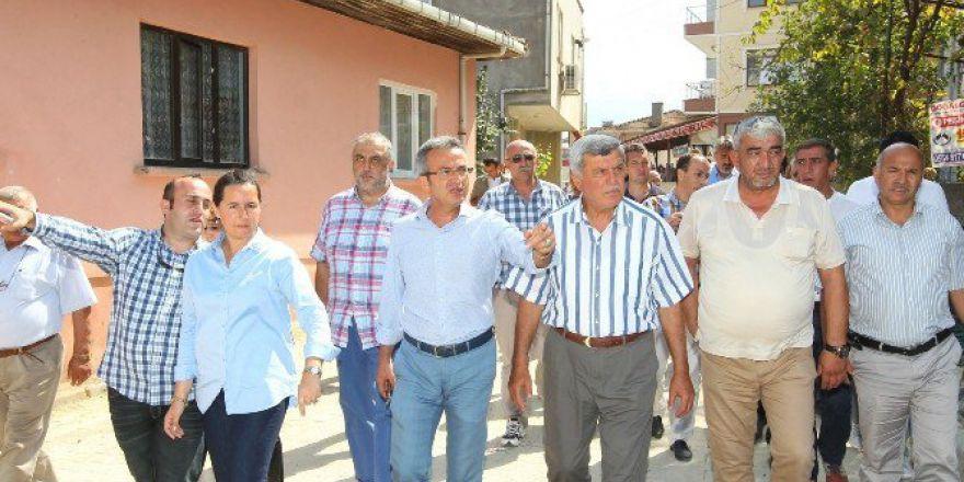 Kocaeli'de Başkan Karaosmanoğlu Ve Köşker'den Mahalle Turu