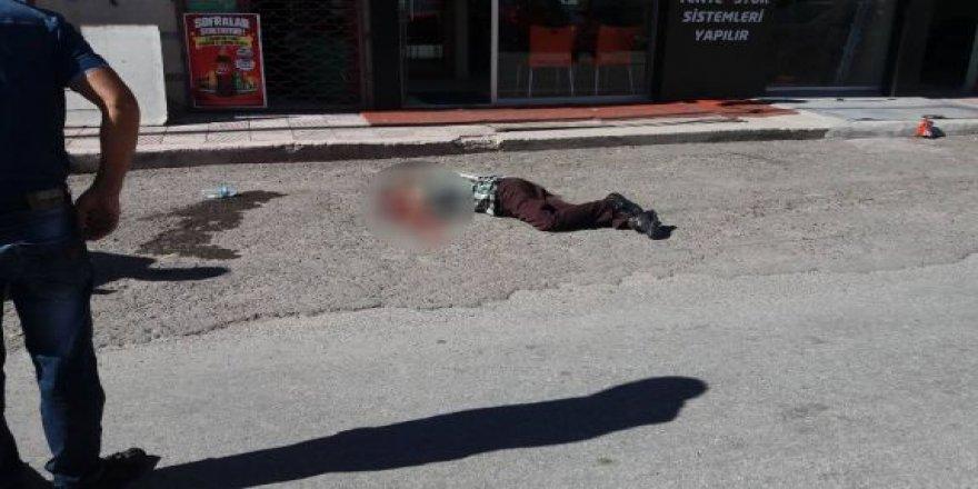 Kayseri'de 3. Kattan Böyle Düştü