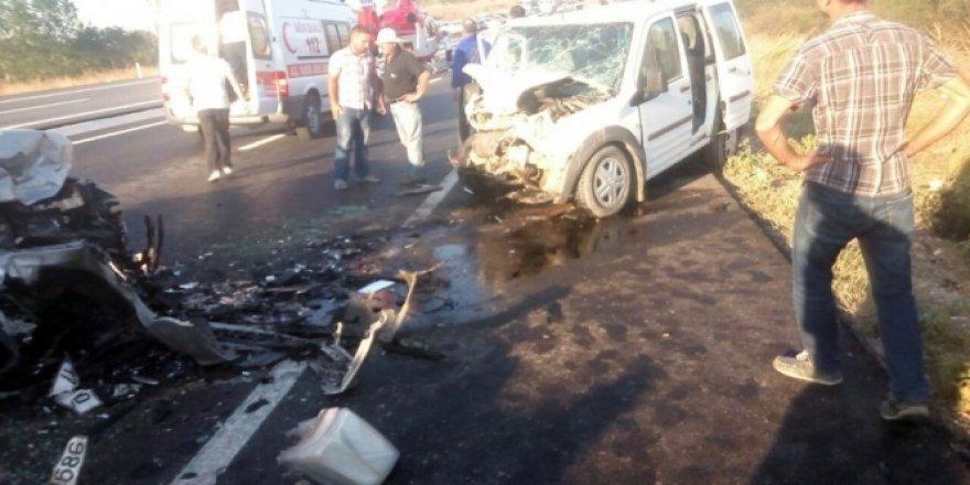Çanakkale, Biga'da feci kaza: 2 ölü