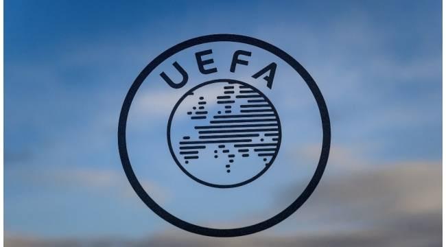 UEFA Şampiyonlar Ligi'nde Tur Atlayan İlk Takımlar Belli Oldu