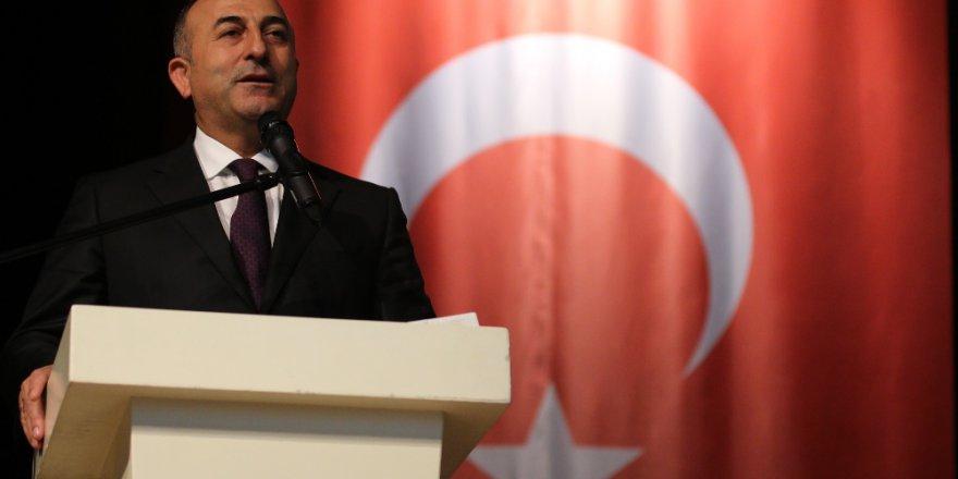 Çavuşoğlu İngiltere'de 'Suriye' Toplantısına Katılacak