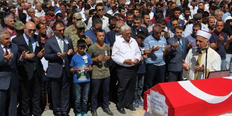Şehit Ramazan Yılmaz Gözyaşlarıyla defnedildi