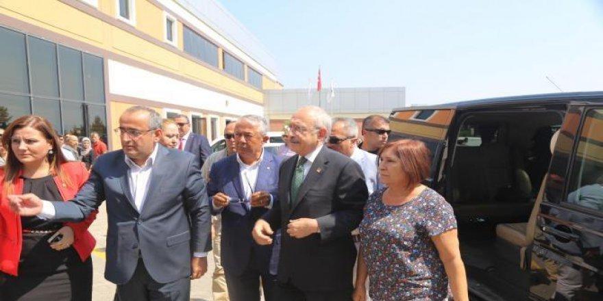 Kılıçdaroğlu Sefa Sirmen'i Ziyaret Etti