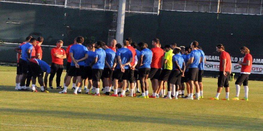 Antalyaspor, Atiker Konyaspor Hazırlıklarına Başladı