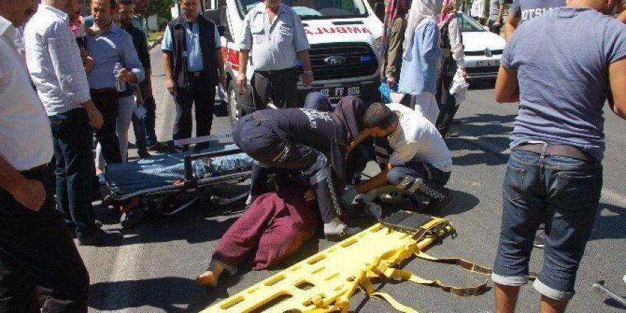 Adıyaman'da Elektrikli Bisikletin Çarptı Suriyeli Bayan Yaralandı