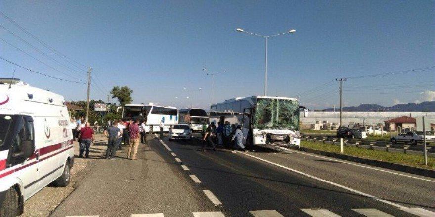 Ordu, Ünye'de Zincirleme Kaza: 15 Yaralı!
