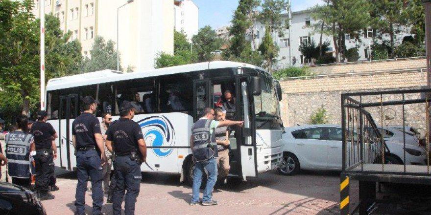 FETÖ/PDY Soruşturmasında Meslekten İhraç Edilen 4 Polis Tutuklandı