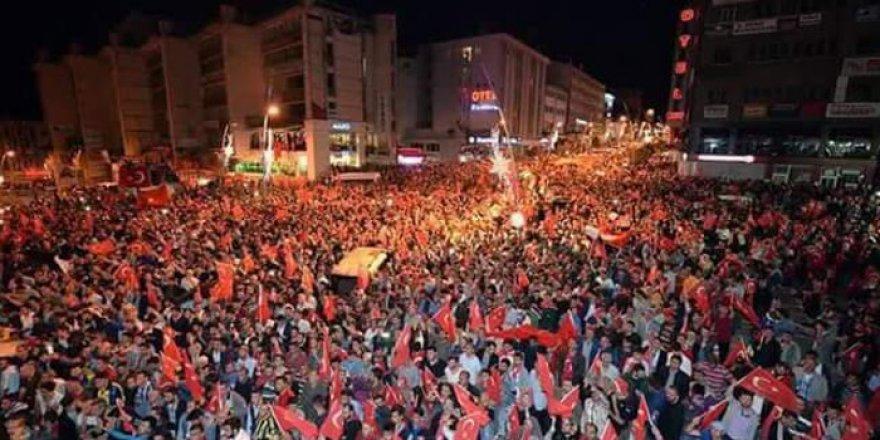 İzmir'de De Artık Sokak Düğünleri Yasak