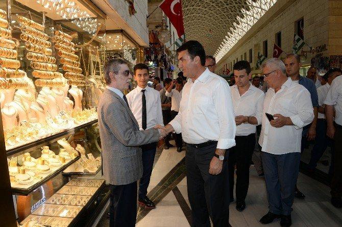 Mustafa Dündar'dan Osmangazi esnafına ziyaret