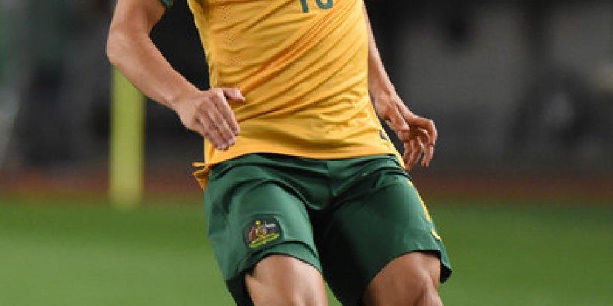 Başarılı Futbolcu, Aziz Behich Statta Unutuldu