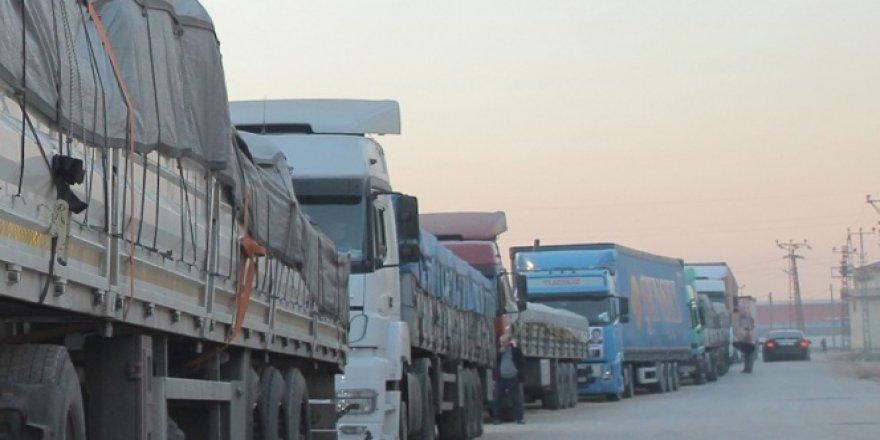 Birleşmiş Milletler'in yardım TIR'larına güvenlik engeli