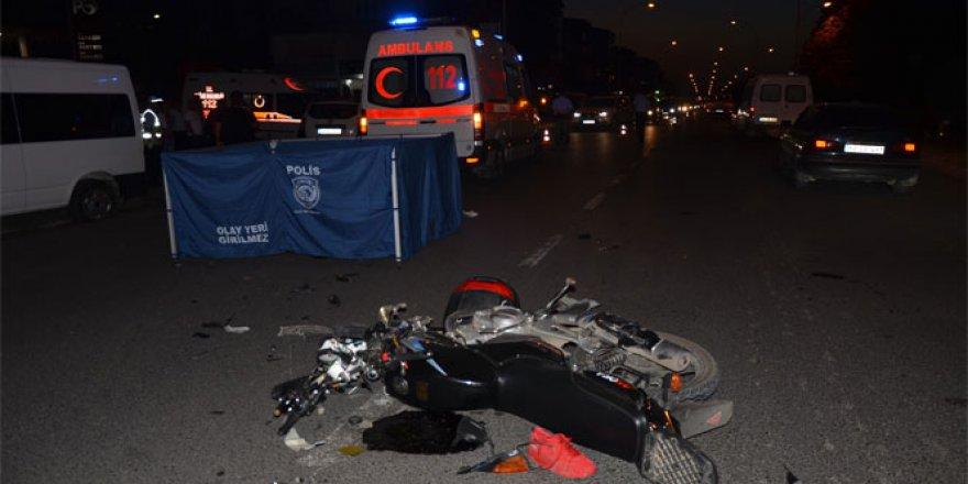 Ordu, Ünye'de otomobil motosiklet ile çarpıştı: 1 ölü, 3 yaralı
