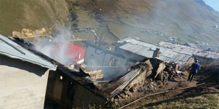 Rize, Anzer Yaylası'nda yangın paniği
