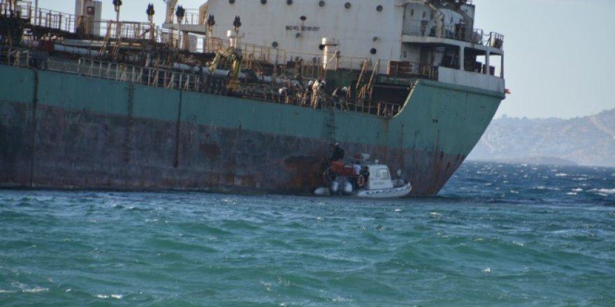 İzmir, Aliağa'da tanker karaya oturdu