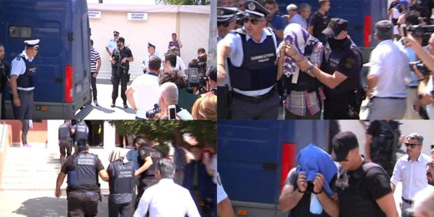 Yunanistan'a kaçan darbecilerden 3''ünün iltica taleplerine ret
