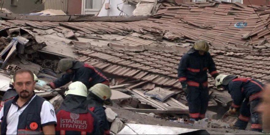 Bağcılar'da 5 katlı bir bina çöktü
