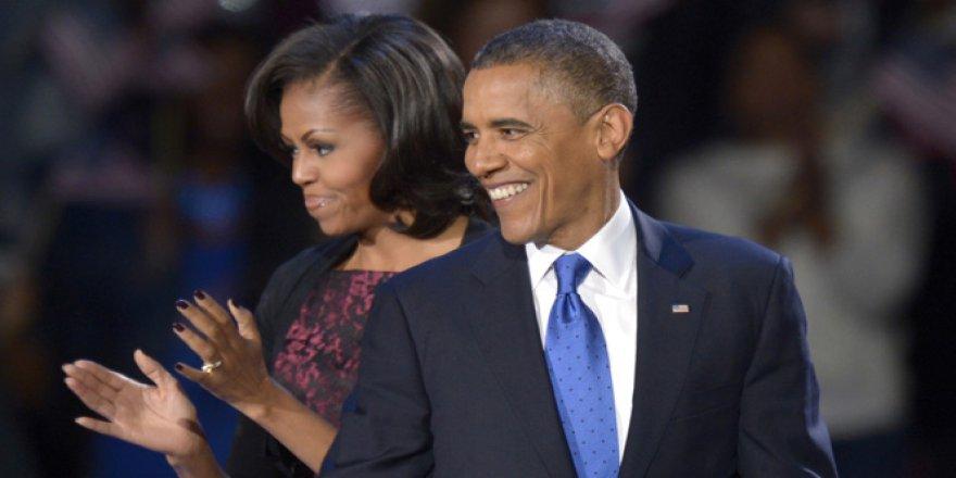 Barack Obama'nın eşi Michelle Obama'nın pasaport bilgileri internete sızdı