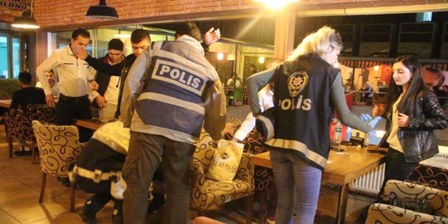 Elazığ'da 500 polisin katılımıyla huzur operasyonu