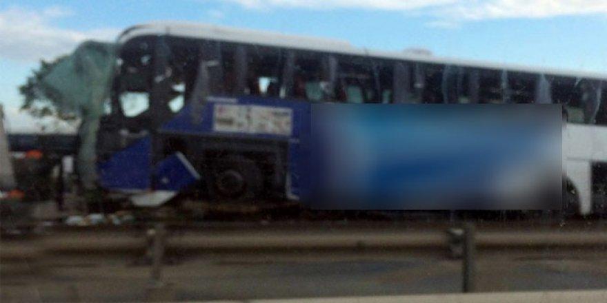 TEM'de yolcu otobüsü devrildi: 1 ölü, 32 yaralı