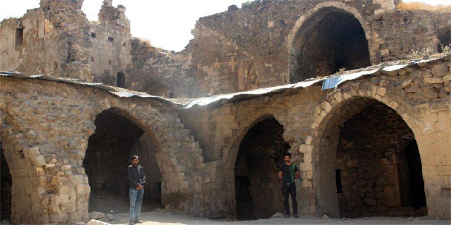 Batman, Beşiri'de 365 odalı Mor Kiryakus Manastırı restore edilmeyi bekliyor