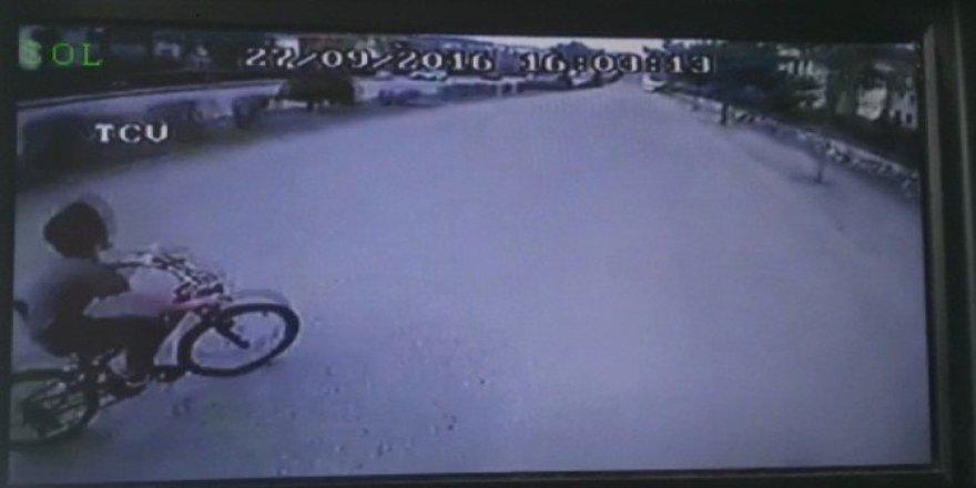 Düzce'de Halk Otobüsünün Çarptığı Bisikletli Çocuk Yaralandı