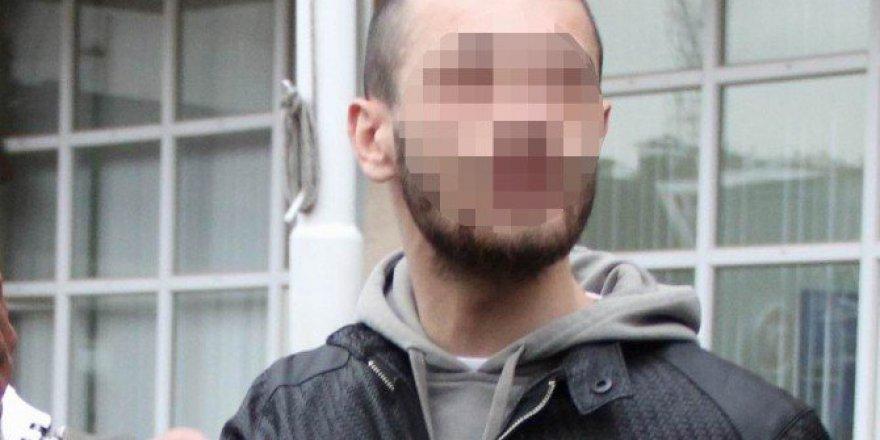 Samsun'da Şüpheli Araçta 2 Tabanca Ve Uyuşturucu Hap Ele Geçti