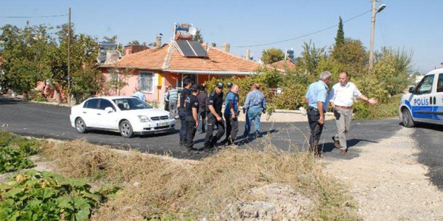 Burdur'da dolandırıcılara suçüstü baskın: 2 polis yaralı